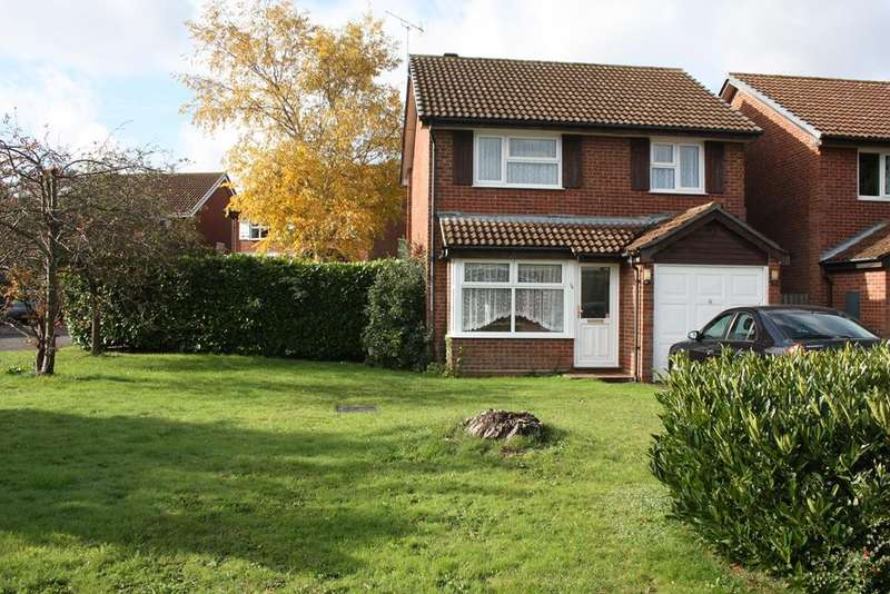 3 Bedrooms Detached House for sale in Oak Drive, Woodley, Reading, RG5
