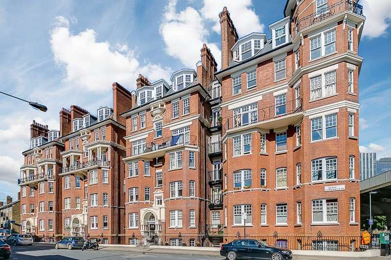 2 Bedrooms Flat for sale in College Court, Queen Caroline Street, London, W6
