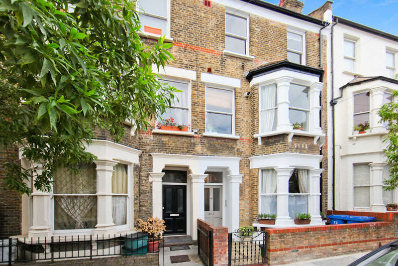 2 Bedrooms Maisonette Flat for sale in Witherington Road N5 1PN