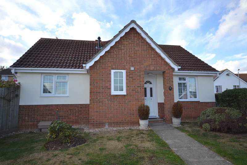 2 Bedrooms Bungalow for sale in Coggeshall Way, Halstead