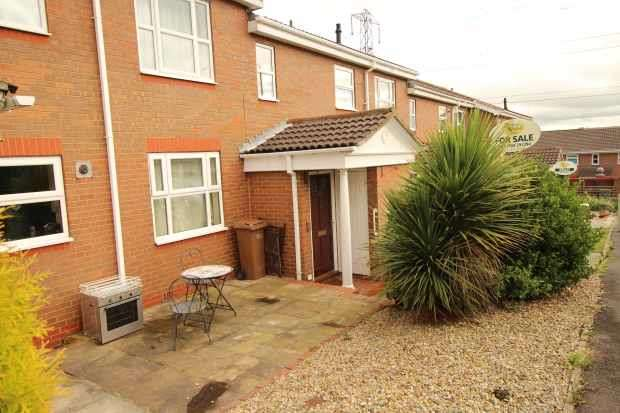 2 Bedrooms Apartment Flat for sale in Belfry Court, Wakefield, West Yorkshire, WF1 3TY