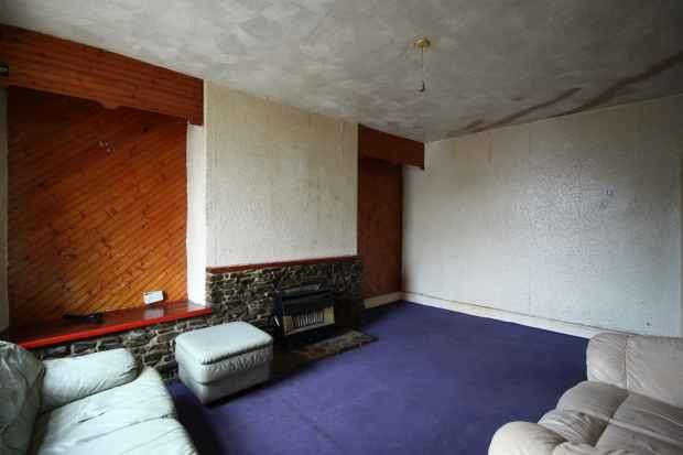 2 Bedrooms Terraced House for sale in Mansion House Buildings, Rossendale, Lancashire, BB4 8AH