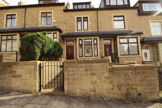 4 Bedrooms Terraced House for sale in Kensington Street, Bradford, West Yorkshire, BD8 9LH
