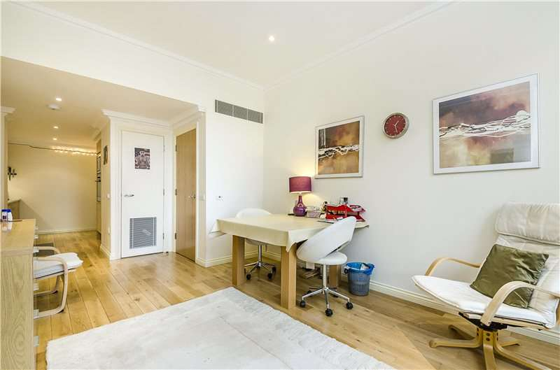 1 Bedroom Flat for sale in Vincent Square, London, SW1P