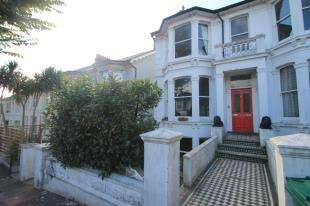 1 Bedroom Flat for sale in Beaconsfield Villas, Brighton, East Sussex