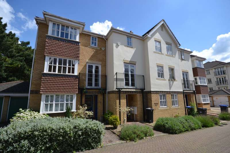 4 Bedrooms Town House for sale in Woking