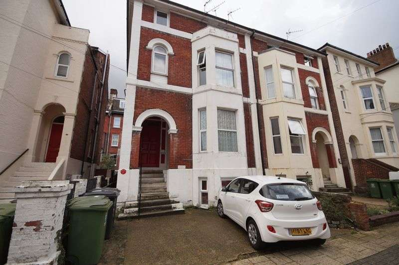 1 Bedroom Flat for sale in Shaftesbury Road, Southsea, PO5