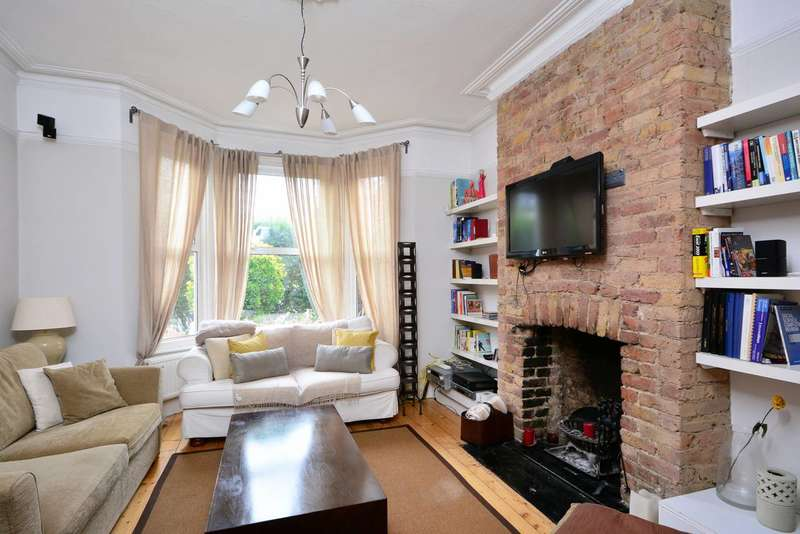 2 Bedrooms Flat for sale in Wolseley Gardens, Grove Park, W4