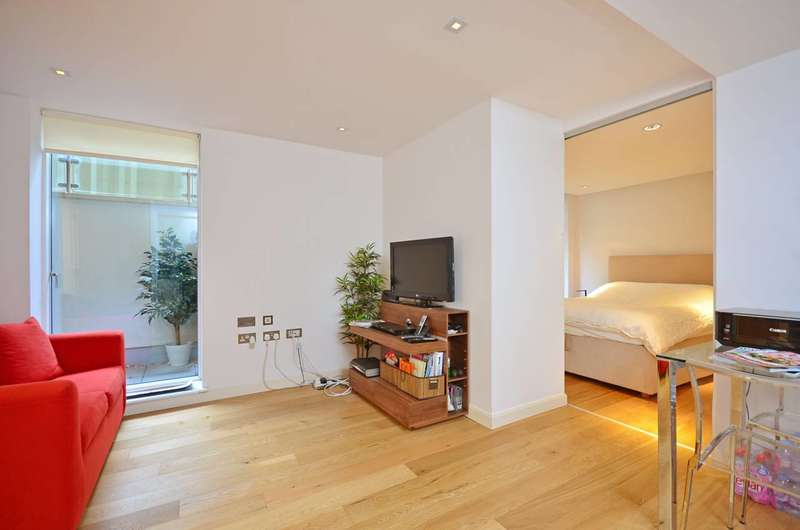 1 Bedroom Flat for sale in Allsop Place, Marylebone, NW1