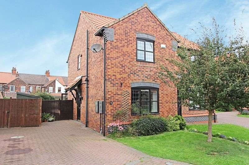 2 Bedrooms Semi Detached House for sale in Bramley Close, Barton-Upon-Humber
