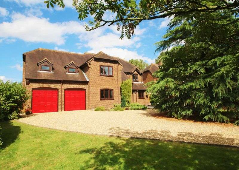 5 Bedrooms Detached House for sale in Worminghall, Buckinghamshire