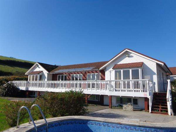 5 Bedrooms Detached Bungalow for sale in Trewent Bungalow, FRESHWATER EAST