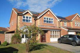 4 Bedrooms Detached House for sale in Windmill View, Brighton, East Sussex