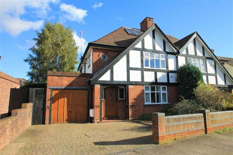3 Bedrooms Property for sale in Phillpotts Avenue, Bedford