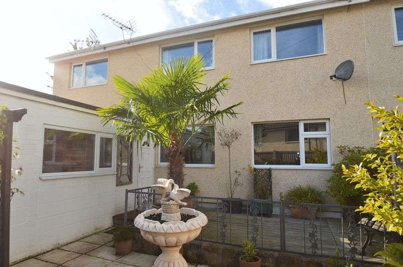 3 Bedrooms Semi Detached House for sale in Hoefield Crescent, Nottingham