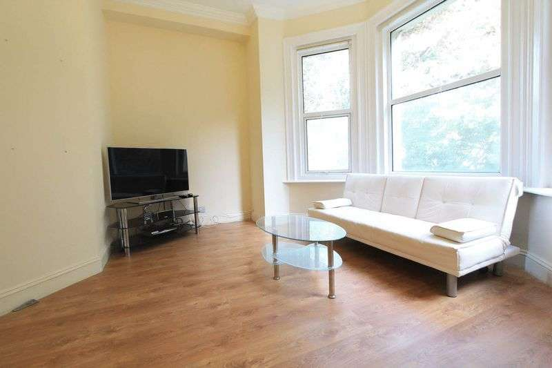 1 Bedroom Flat for sale in Surrey Road, Bournemouth