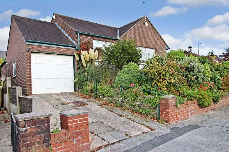 3 Bedrooms Detached Bungalow for sale in Crompton Road, Bolton, Greater Manchester BL6