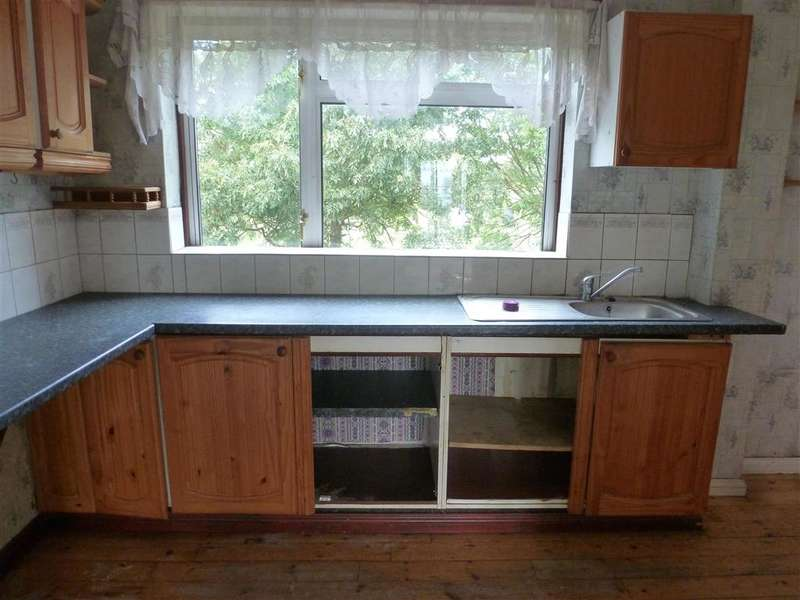 3 Bedrooms Town House for sale in Milestone Road, Dartford, Kent