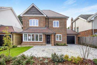 5 Bedrooms Detached House for sale in Westbeams Road, Sway, Lymington