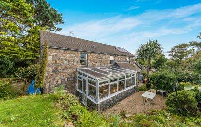 3 Bedrooms Detached House for sale in Paul, Penzance, Cornwall
