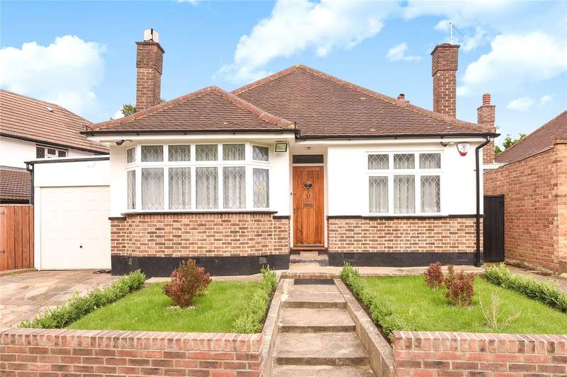 5 Bedrooms Bungalow for sale in Cheney Street, Pinner, Middlesex, HA5