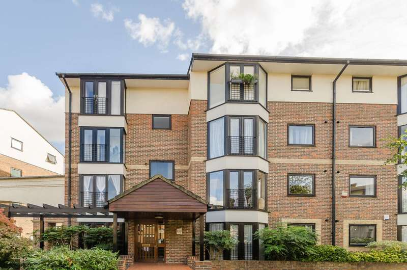 1 Bedroom Flat for sale in Barnfield Place, Isle Of Dogs, E14