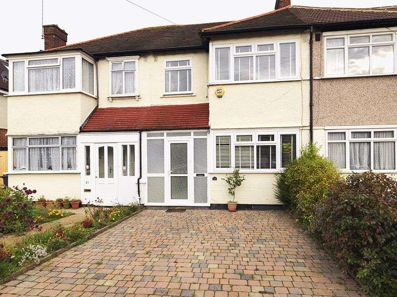 3 Bedrooms Terraced House for sale in Green Lane, New Malden, KT3