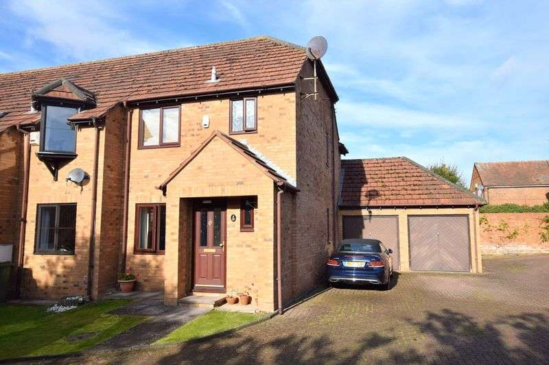 3 Bedrooms House for sale in Bishops Meadow, Bierton