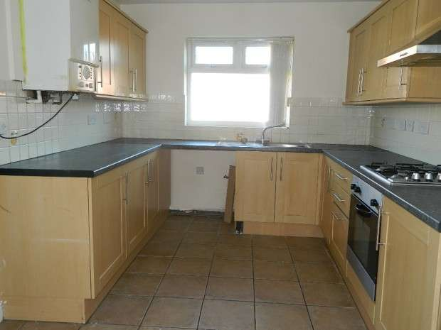 4 Bedrooms Terraced House for sale in Carr Lane East, Liverpool, L11