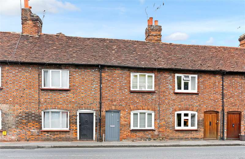 2 Bedrooms Terraced House for sale in Chapel Street, Marlow, Buckinghamshire, SL7
