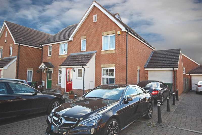 3 Bedrooms Semi Detached House for sale in Hill House Drive