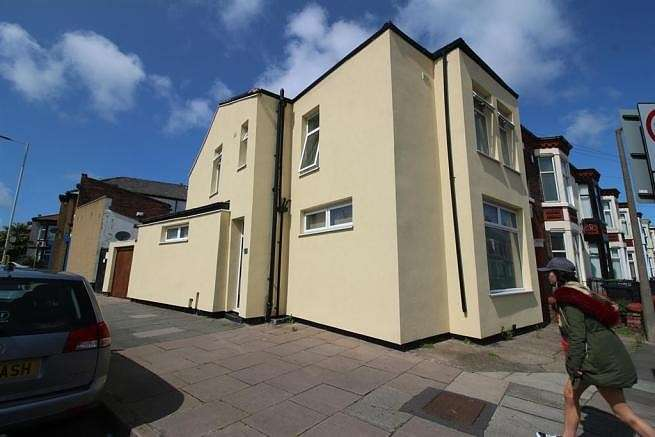 4 Bedrooms End Of Terrace House for sale in Liscard Road, Wallasey