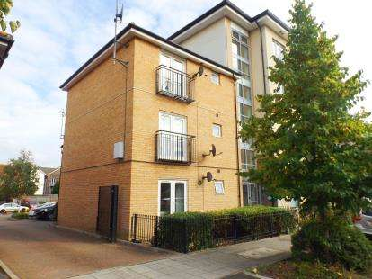 1 Bedroom Flat for sale in Oakworth Avenue, Broughton, Milton Keynes, Buckinghamshire