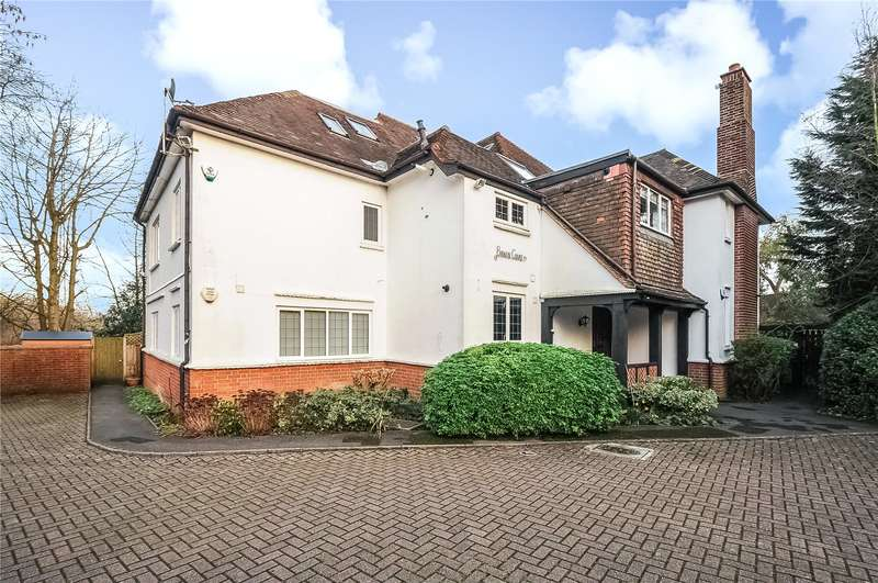 4 Bedrooms Apartment Flat for sale in Rickmansworth Road, Northwood, Middlesex, HA6