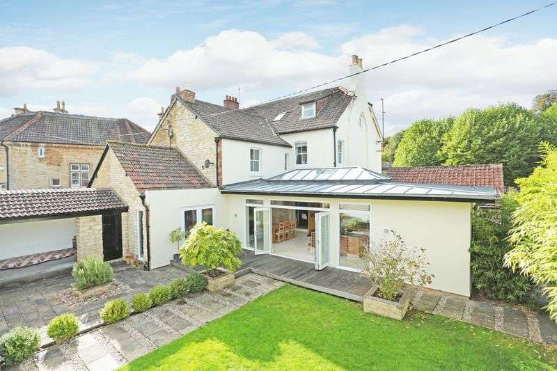 4 Bedrooms Semi Detached House for sale in Calne, Wiltshire, SN11 OJJ