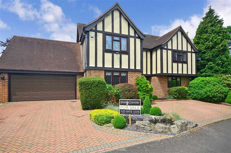 4 Bedrooms Detached House for sale in Cloverleys, Loughton, Essex