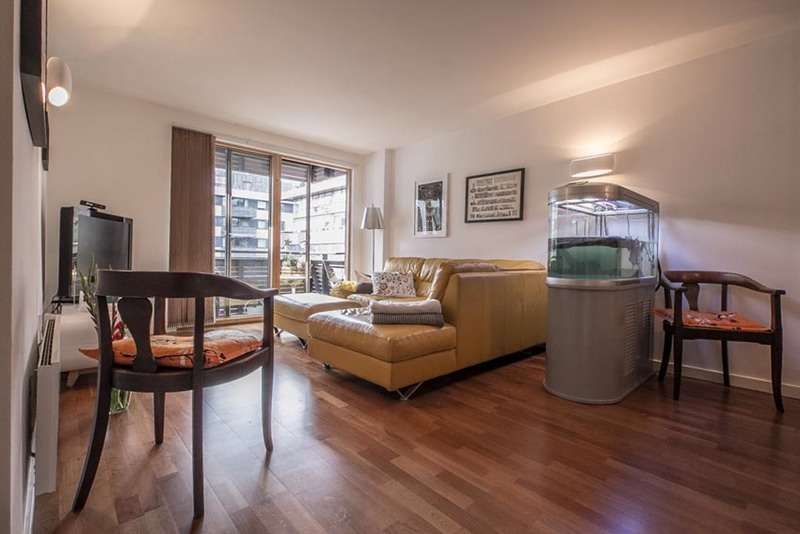 2 Bedrooms Flat for sale in 1 Poole Street, London, London, N1