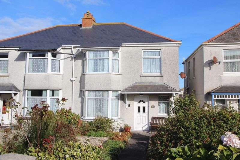 3 Bedrooms Semi Detached House for sale in Crantock Street, Newquay