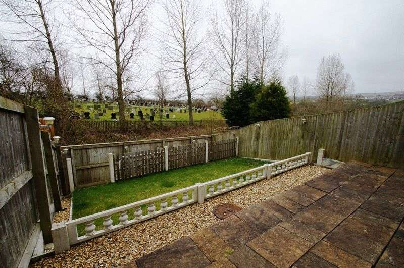 2 Bedrooms Semi Detached House for sale in Boundary Close , Ushaw Moor