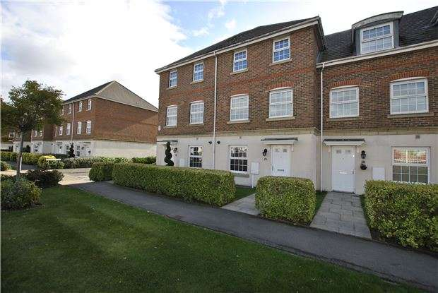 4 Bedrooms Town House for sale in Scholars Walk, BEXHILL-ON-SEA, East Sussex, TN39 5GA