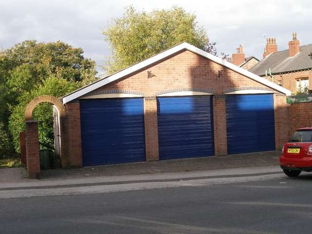 Garages Garage / Parking for sale in Bond Street, Macclesfield, SK11 6QR, lock-up garages.