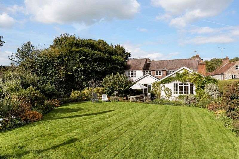 5 Bedrooms Detached House for sale in East Street, Hambledon, Hampshire