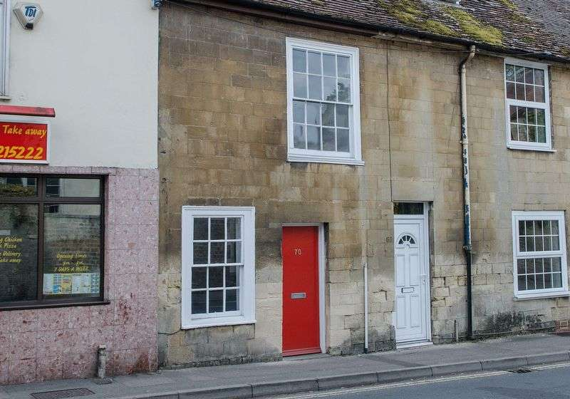 2 Bedrooms Terraced House for sale in East Street, Warminster