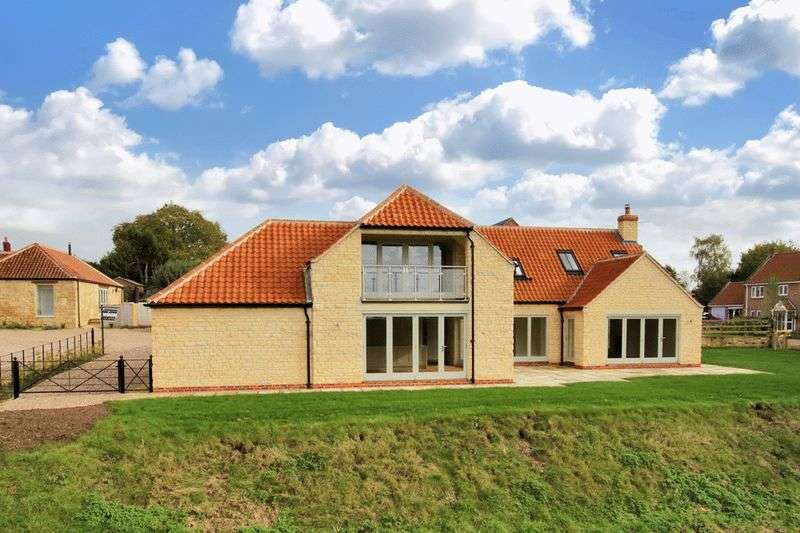 4 Bedrooms Detached House for sale in 5 Manor Farm, Navenby, LN5 0FA