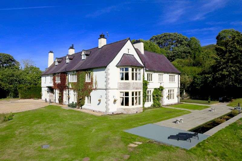 7 Bedrooms Detached House for sale in Llangwyfan, Denbigh