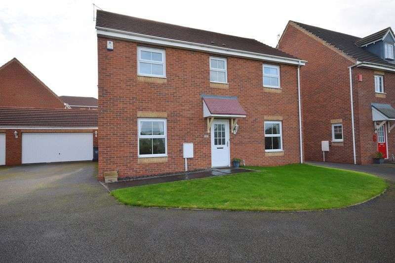 4 Bedrooms Detached House for sale in Minton Grove, Stoke-On-Trent