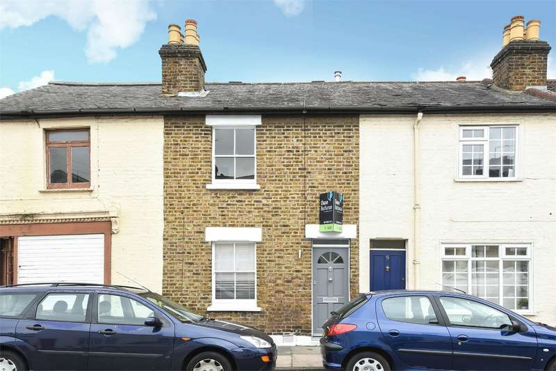 2 Bedrooms Semi Detached House for sale in Trinity Road, Richmond, Surrey