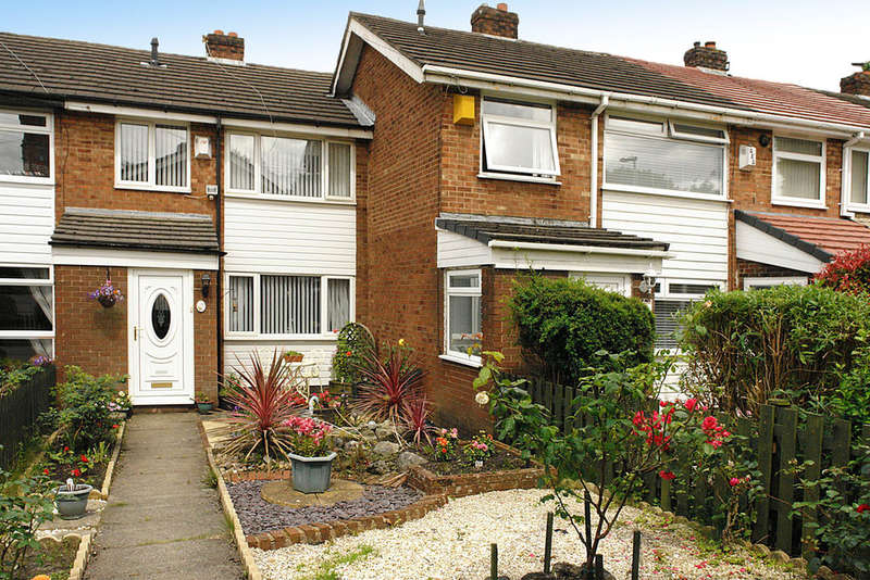 3 Bedrooms Town House for sale in 7 Geneva Walk, Chadderton, Oldham