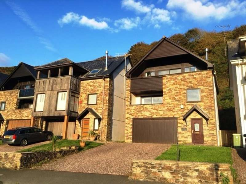 4 Bedrooms Detached House for sale in Tregunnick Lane, Seaton