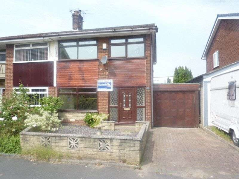 3 Bedrooms Detached House for sale in Rodgers Close,